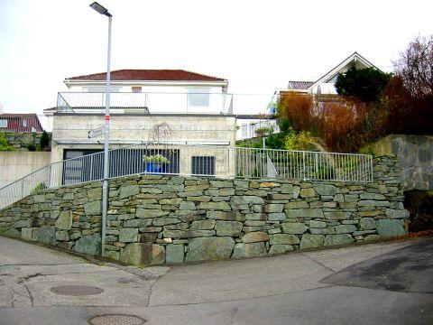 Natursteinsmur 2
